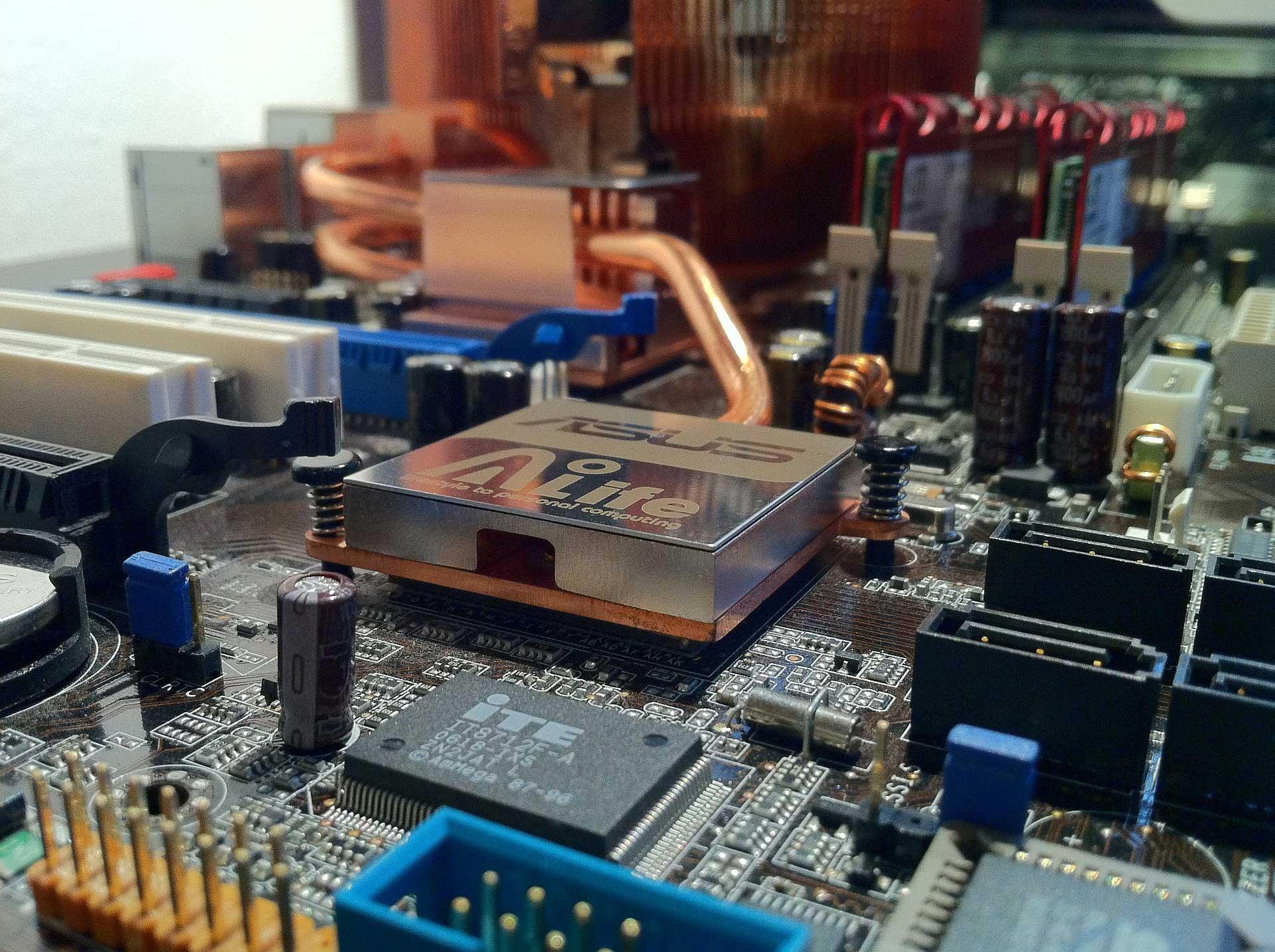 Riparazione-Computer-MB